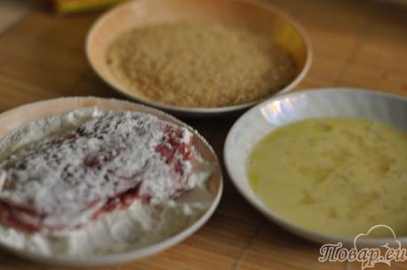 Панировка для свинины с ветчиной и сыром в панировке