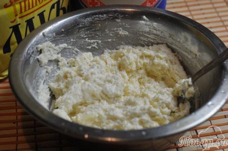 Творожники из творога с манкой: готовая масса для выпечки