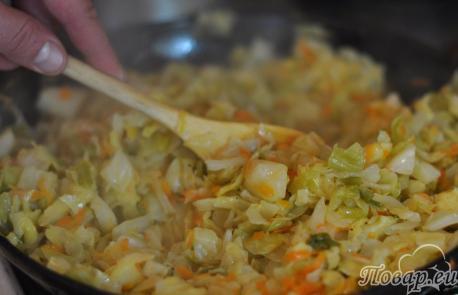 Тушёная капуста к рульке: готовое блюдо
