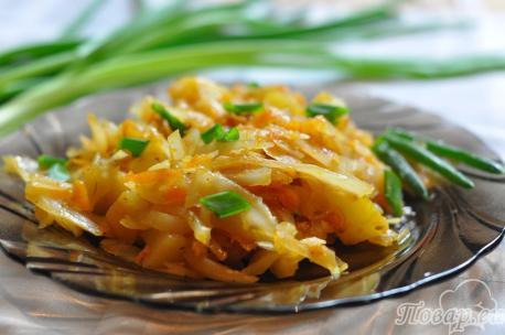 Тушёная капуста с картошкой в мультиварке: готовое блюдо