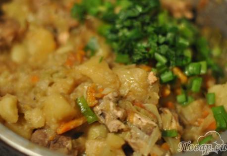 Готовая тушёная капуста с мясом