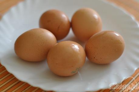 Процесс варки куриных яиц (чаще всего мы.