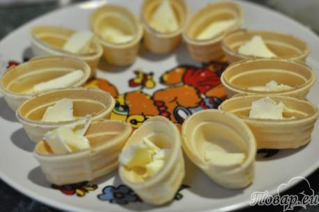 Закуска в тарталетках с сёмгой: масло
