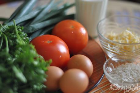 ингредиенты для приготовления запеканки из зелёного лука с рисом